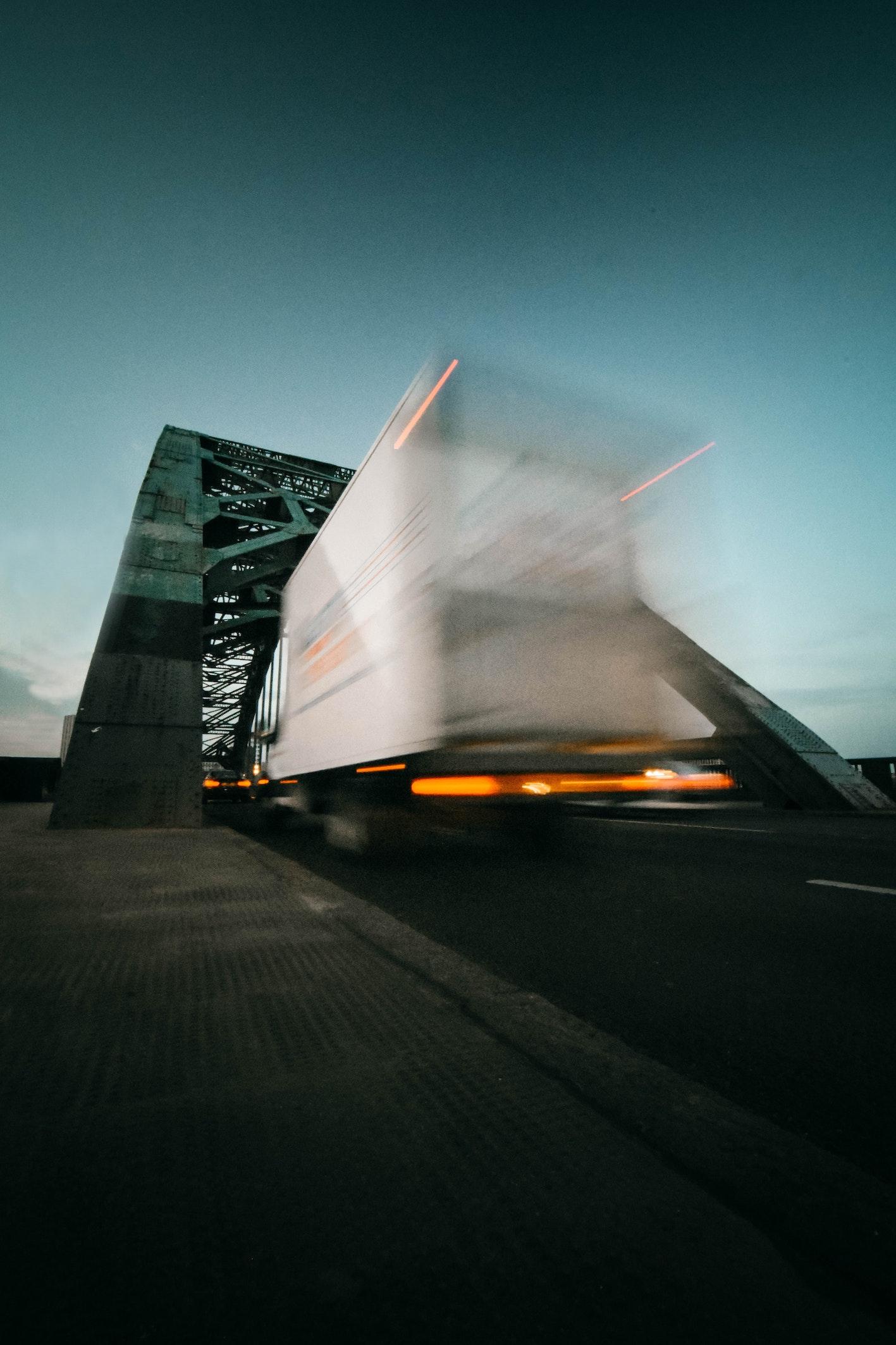 Stückgut im Systemverkehr mit Track and Trace