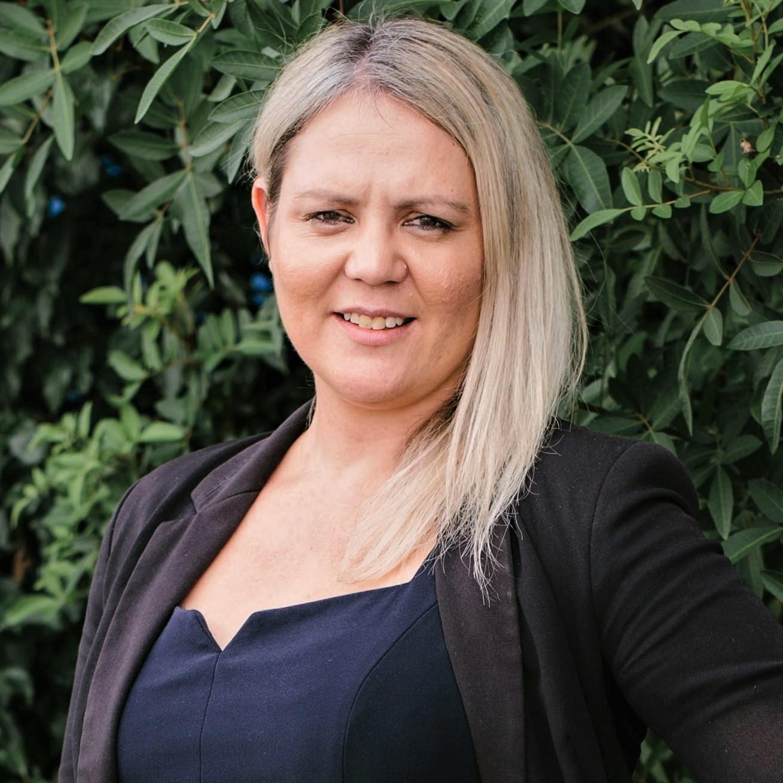Profile Picture of Amanda Edwards