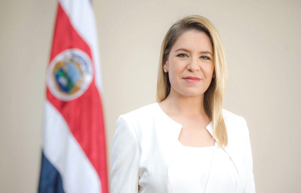 Claudia Dobles Camargo