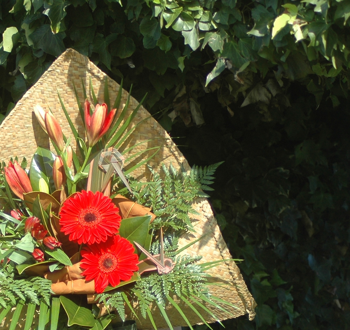 This bouquet is a lovey way to say thank you with a special flax wrap. #The flower photo is an indication of the WOW size, flowers may change over the seasons. If there is a flower or colour you would like please let us know in the checkout notes. (no roses likes gerberas, likes red flowers ect).