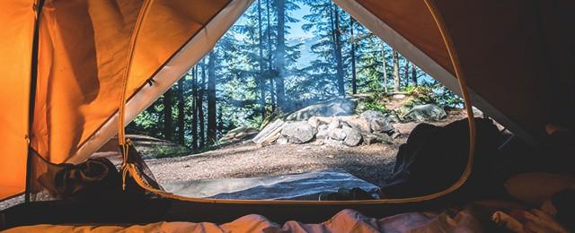 top-best-camping-essentials-checklist