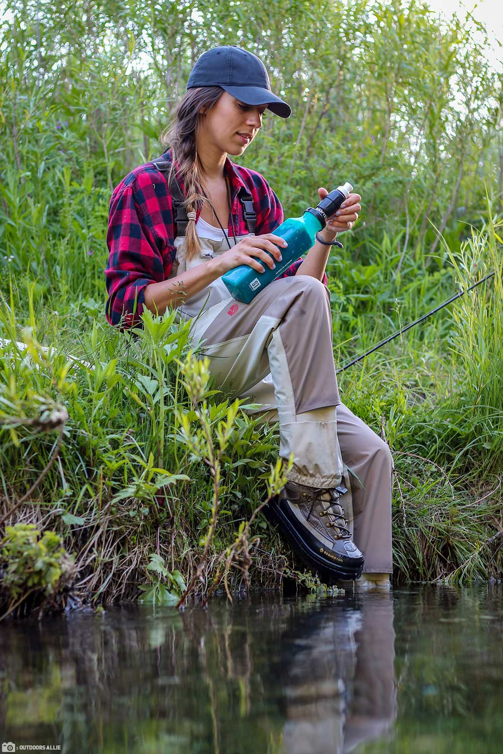 Outdoors Allie uses her Sawyer Select S1 Filter while Fishing