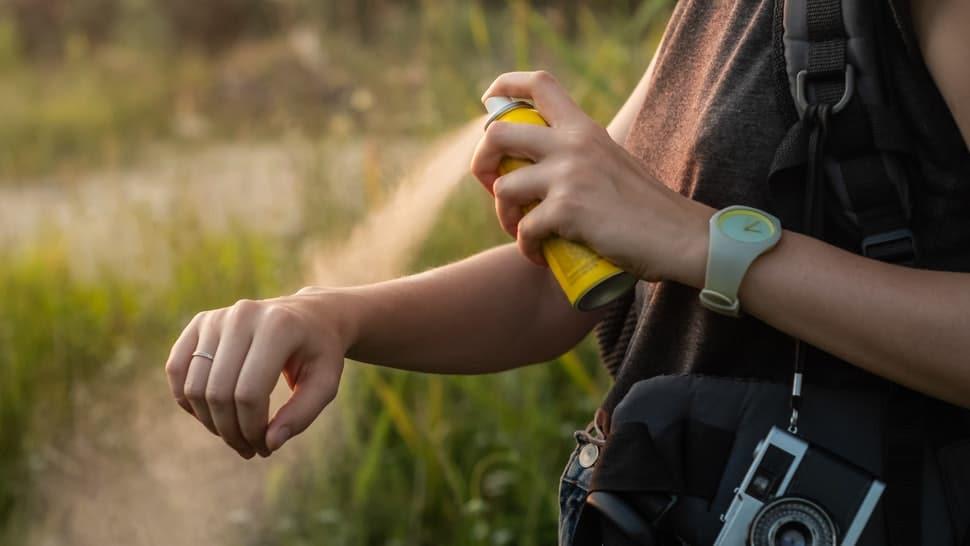 bustle 4 best mosquito repellent sprays 382824d9-2ebb-4943-972b-b32e4739f6cd-fotolia_213337777_subscription_monthly_m