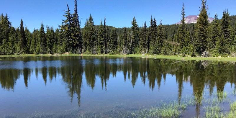 sisters-mirror-lake
