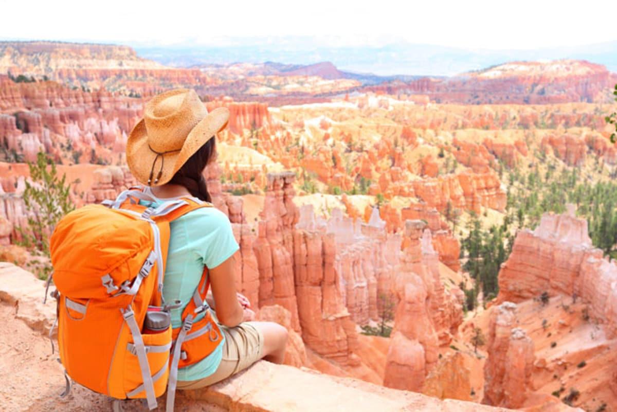 bryce-girl-backpack-overlook_dp_700